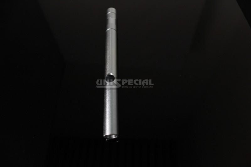 Linearführungswelle Drehteil - Gefräste und gedrehte präzision Teile für Nahrungsmittelmaschinen Bereich - CNC Bearbeitung nach Zeichnung bei Unispecial Automatische Dreherei von Padova Italien
